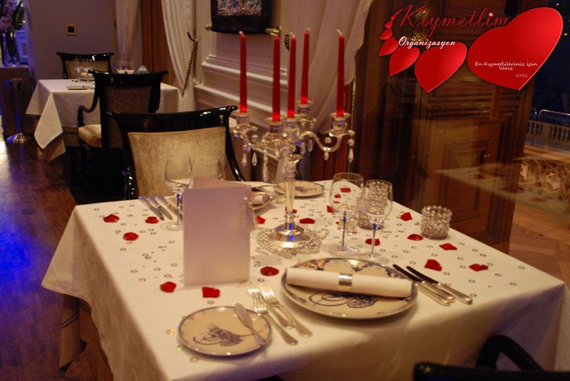 Çırağan Sarayında Evlilik Teklifi