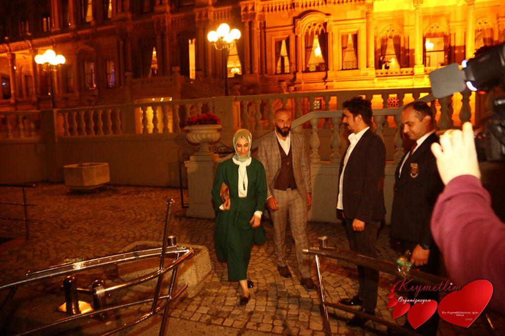 Çırağan sarayında Yemek ardından Yat Turu ve Lazer gösterili evlilik teklifi - Sürpriz Evlilik Teklifleri - Kıymetlim Organizasyon