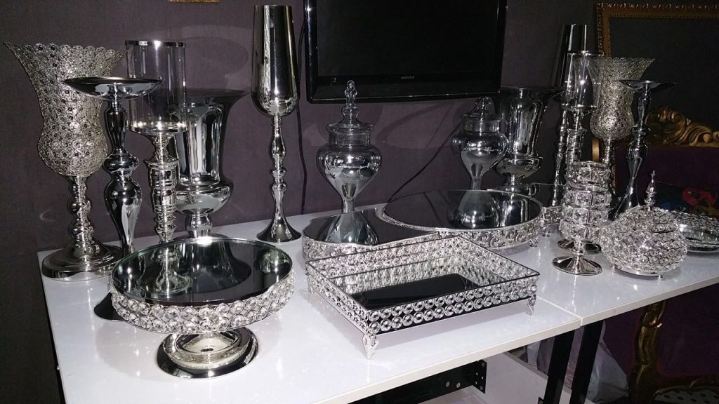 söz-masası-gümüş