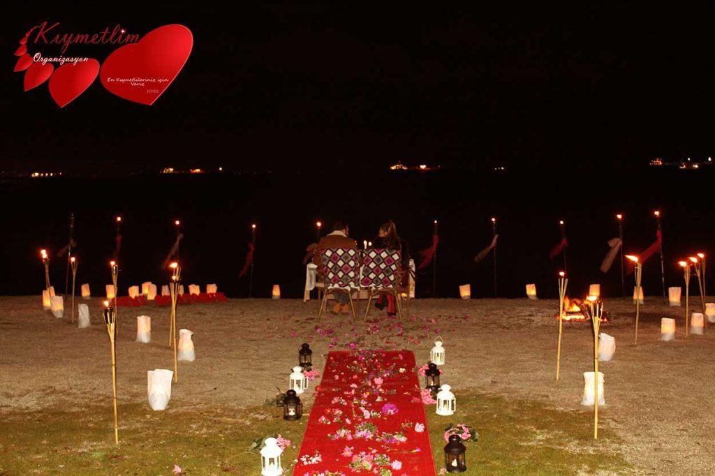 Kumsalda Evlilik Teklifi - Evlilik Teklifi Organizasyonları - Kıymetlim Organizasyon