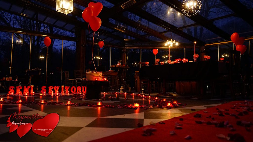 Periler Köşkü - Romantik Evlilik Teklifleri - İzolettada evlilik teklifi - Lifeparkta evlilik teklifi - Sürpriz Evlilik teklifi organizasyonları - Kıymetlim Organizasyon