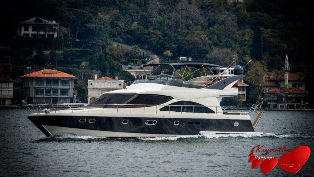 YALI KIZI 5 YATI - yat kiralama - tekne kiralama - yüzme turu - yat hizmetleri - kıymetlim organizasyon